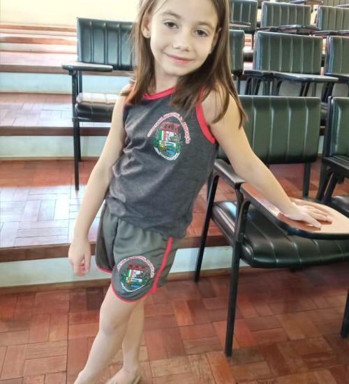 Secretaria Municipal de Educação de Itatiba do Sul recebe uniformes escolares.
