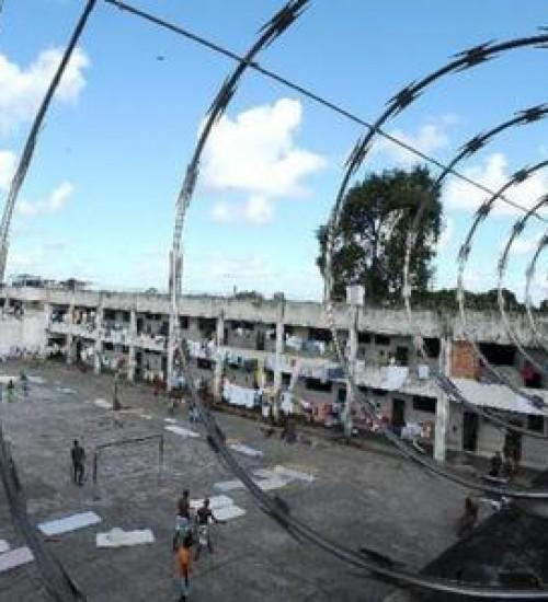 Governo Federal quer privatizar presídio e presos trabalhando para pagar custos.