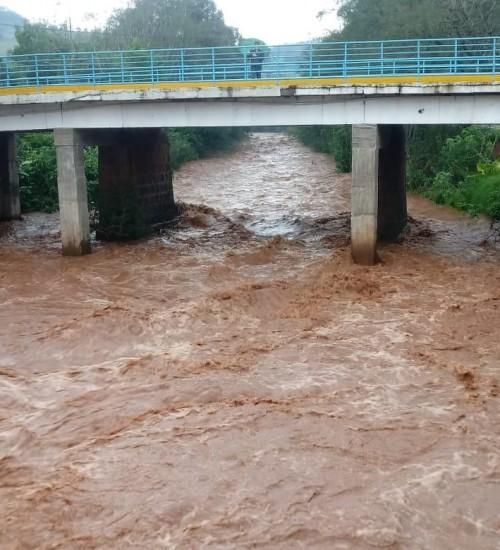 Grande volume de chuvas elevam o níveis dos rios na região Alto Uruguai.