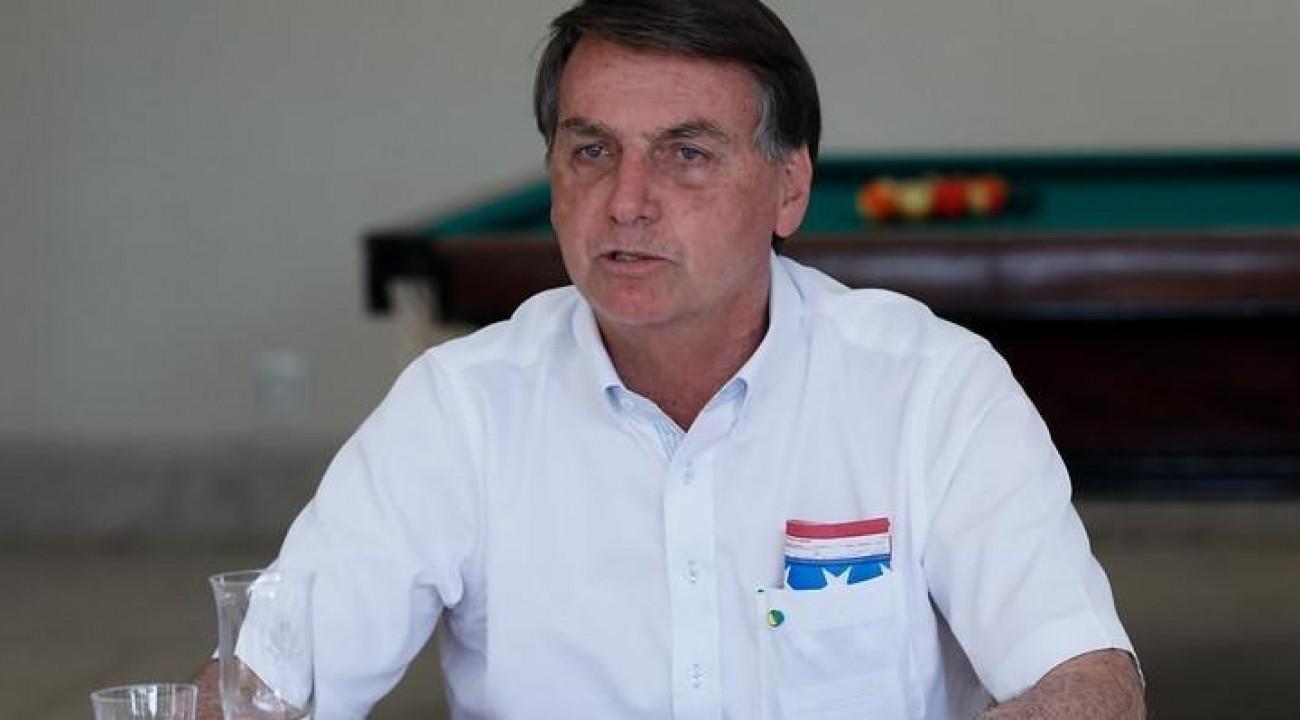 Jair Bolsonaro testa positivo para Covid-19.