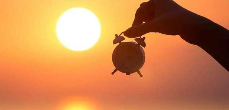 MME mantém recomendação para extinguir horário de verão.
