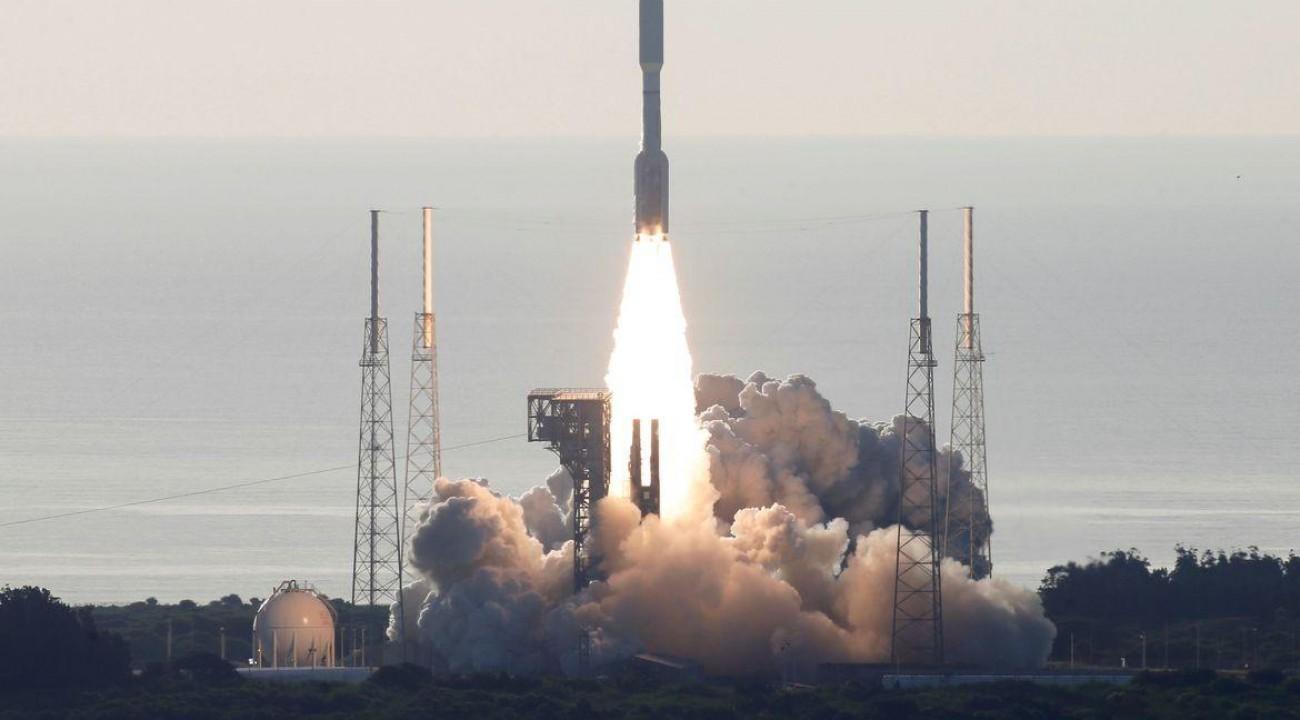 Nasa lança nova sonda para Marte em busca de vida passada no planeta