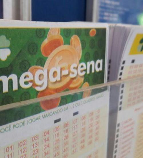 Mega-Sena acumula e prêmio vai a R$ 52 milhões.
