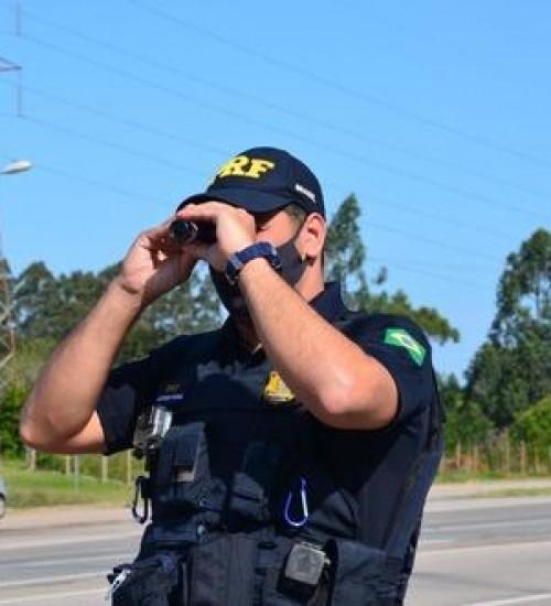 Projeto proíbe multas por radares móveis em velocidades abaixo de 120Km/h.