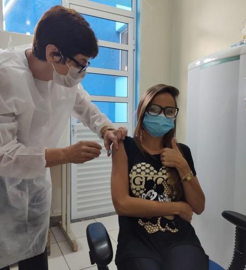 Itatiba do Sul: Imunização contra covid-19.