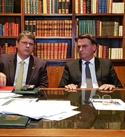 Bolsonaro diz que impostos federais sobre gás e diesel serão zerados.