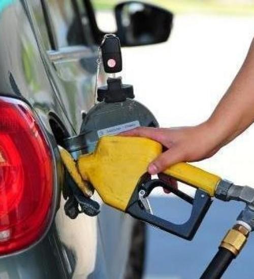 Petrobras aumenta os preços da gasolina e do diesel nas refinarias.